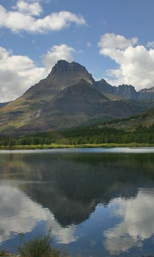 glacier-lake-reflection-montana